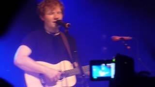 "Ed Sheeran | ""Chasing Cars"" cover by Snow Patrol | Bochum - Zeltfestival | 28.08.2012"