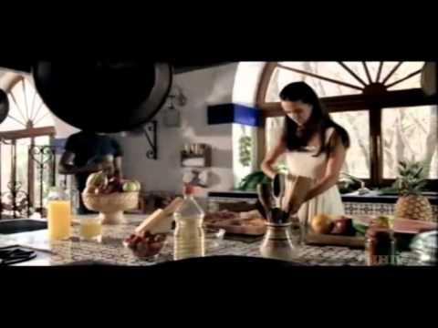 Acostumbrame Al Cielo de Edith Marquez Letra y Video
