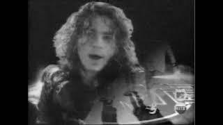 HOLLABACK GIRL - GWEN STEFANI VS INXS - LAPTOPPUNK MTV MASHUP