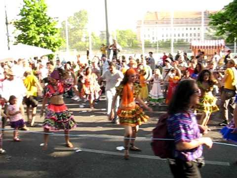Berlin – carneval de las culturas – baileiras de la Nicaragua