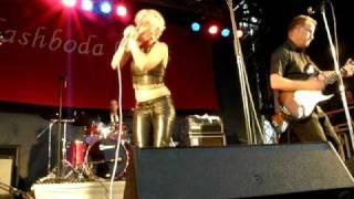Kellie Rucker & Pelle Lindberg Band @ Flashboda Blues 2009   01
