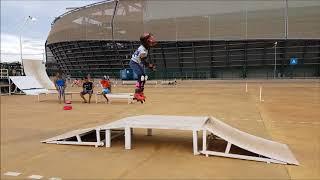 #61 - Menina de 7 anos pulando de patins a rampa de Costas