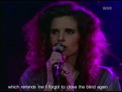 cowboy-junkies-sun-comes-up-live-1990-lyrics-subtitled-jeffrietkot