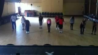 Penguin dance!!