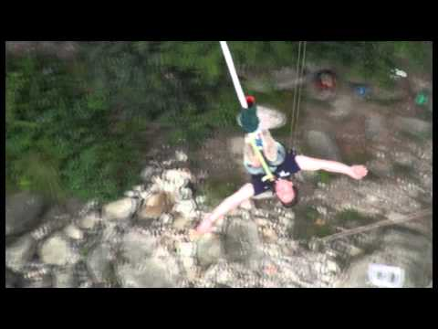 Bungy-jump in Nepal 2011