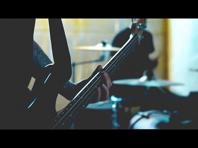 Videoclip oficial de la canción Umani de Inarrestabili