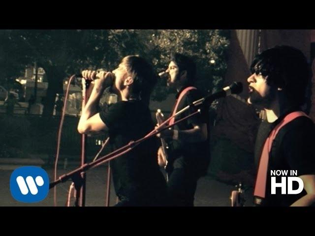 Videoclip oficial de la canción Red Flag de Billy Talent