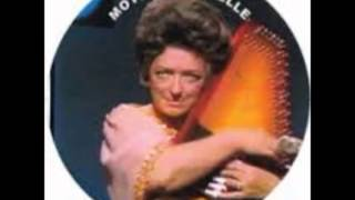 Maybelle Carter - The Storms Are On The Ocean (1965).