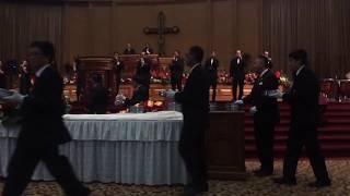 Perjamuan Kudus di GBI Mawar Saron