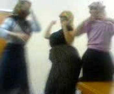 üç çıtır kız