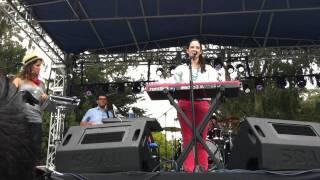 Ximena Sariñana explaining Echo Park at Outside Lands