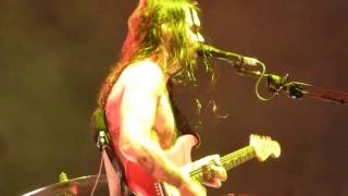 "BIFFY CLYRO ""FLAMMABLE""(LIVE DEBUT)@ MADRID 2017 (WIZINK CENTER)"