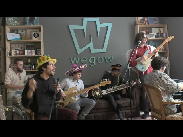 Naked Family en #WegowLive by #DominosLiveMusic