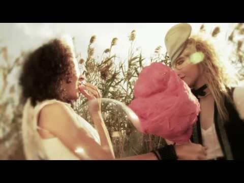 izal-teletransporte-videoclip-oficial-izalmusic