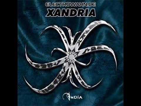 In Love With The Darkness de Xandria Letra y Video