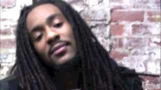 Nicki Minaj Ft. 2 Chainz - Beez In The Trap @DaRealRawSt