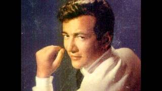 Bobby Darrin - Medley - Swing Low Sweet Chariot, The Lonesome Road Live @ the copa