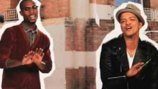 B.o.B Ft. Bruno Mars Nothin' on you (LYRICS & Music)