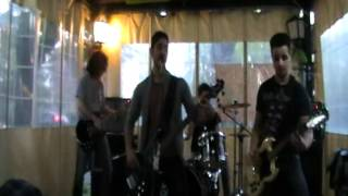 Shock Wave - how you remind me live oasis 2012