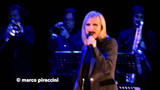 """RITA PAVONE: """"Come te non c'è nessuno"""" live @ Milano 2014"""