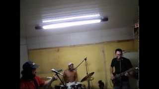 Wasted Years Iron Maiden (cover) Ensaio banda Dr. Diesel - solo