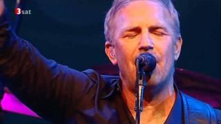 Kevin Costner & Modern West - Turn It On - live