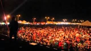 Cleiton e Camargo canta pra milhares