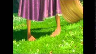 Disney Tangled/Entrelaçados - (Reprise) When Will My Life Begin (EU Portuguese) HD