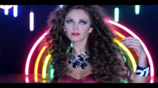Anahi video para Click para Pop Land con Miranda y Moderatto