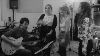 Molly Varlet Acoustic - Video Promo