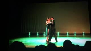 Anna Martinelli e Jorge Aquino - ZUM - Santa em Dança