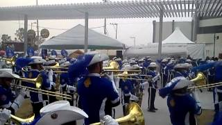 Aguilas Doradas Marching Band// Through The Fire And Flames (Dragon Force cover Band)