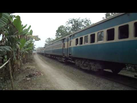 Bangladesh Railway 755 Up Modhumoti ICE Speedy Crossing Surjonagar Area.MP4