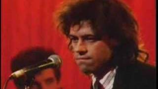 BOB GELDOF - THIS IS THE WORLD CALLING (live)