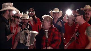 Genitallica Ft. Paquita La Del Barrio & La Leyenda - Invítame A Pecar Contigo (Video Oficial)