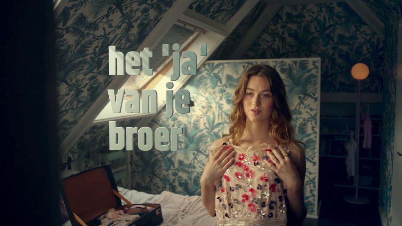 Model Robin en acteur Pascal in TV commercial Cheaptickets.nl