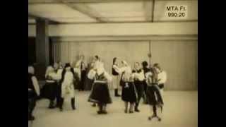 Dans popular secuiesc din Măneuți, Suceava, Bukovina, Romania. 1978