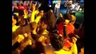 Outta Control - 50 Cent Live