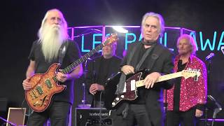 """Jackson Browne & The Section """"Rock Me on the Water"""" at NAMM TEC Awards (089)"""