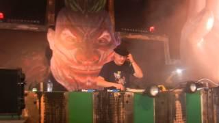 Dr Peacock - Dominator Intro + Cardiak Mash-up (live edit) [Dominator - Carnival Of Doom]