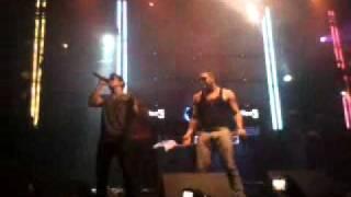 Dyland & Lenny -  Un Minuto Más (Live Vocé -Lima Perú) #iPAUTA