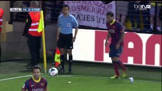 Dani Alves Eats Banana vs Villarreal 2014