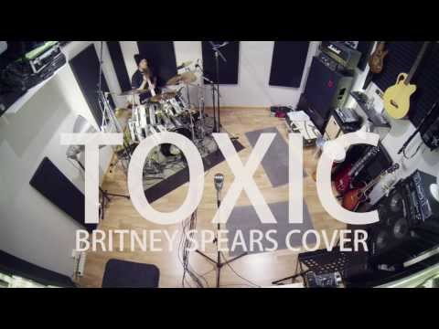 toxic-acoustic-cover-by-leo-moracchioli-frog-leap-studios