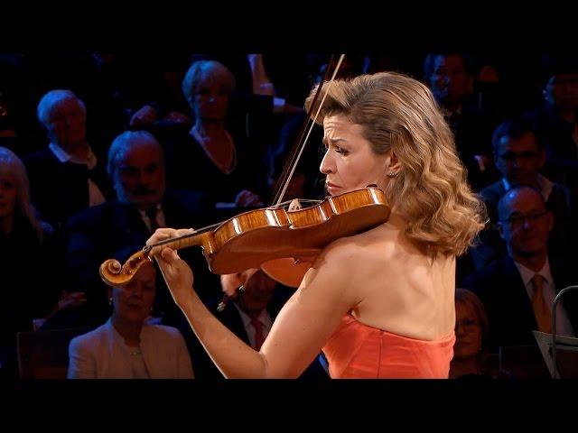 Saint-Saëns: Introduction et Rondo capriccioso / Mutter · Rattle · Berliner Philharmoniker