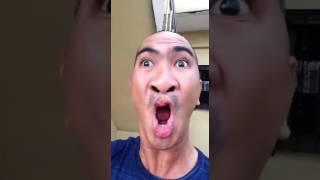 Homem imita sinais de sirene muito engraçado