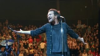 "Pearl Jam - Given to Fly ""Jacksonville"" (April 13, 2016) HD 1080p / SBD"