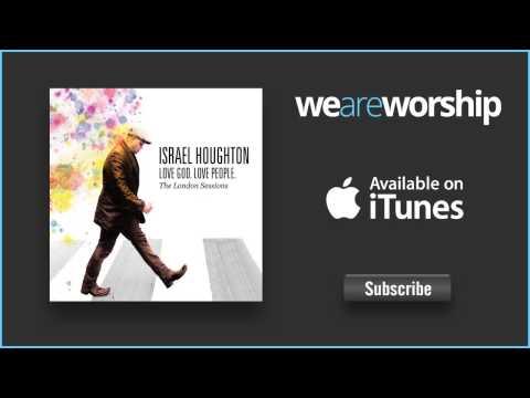 israel-houghton-surprises-fred-hammond-weareworshipmusic