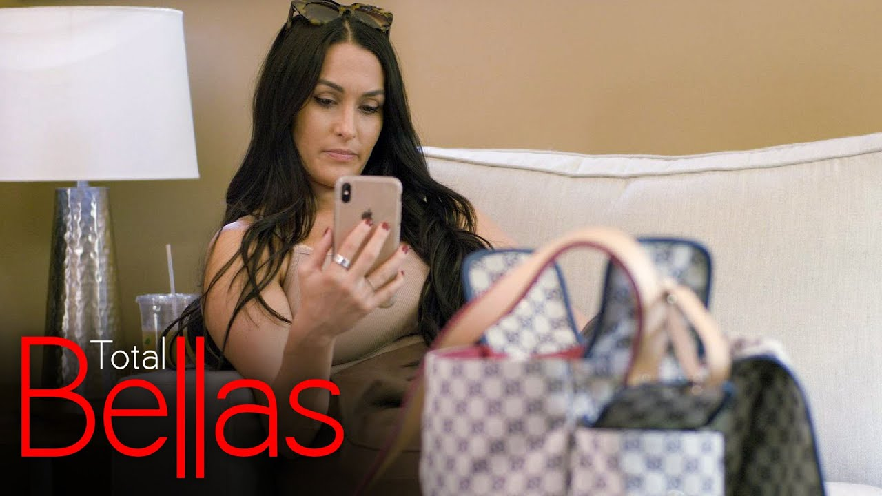 WWE - Nikki and Artem hit a rough patch over the idea of moving: Total Bellas, Jan. 21, 2021