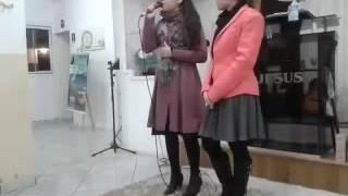 Eu cantando o hino PODE CHORAR da cantora SUELLEN LIMA