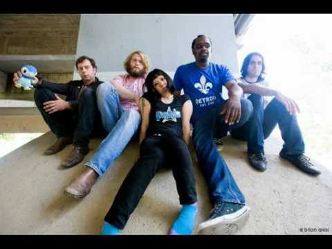 the-dirtbombs-cosmic-cars-kicksfromtheboot